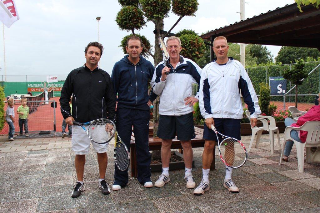 Finalisten Open Toernooi 2012 - Finalisten HD 7 2012 - Luc van Heeren en Nico van der Veen vs Edward Goudriaan en Maurice van Tiggelen